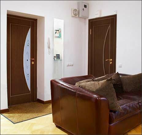 Роль цвета в выборе межкомнатных дверей
